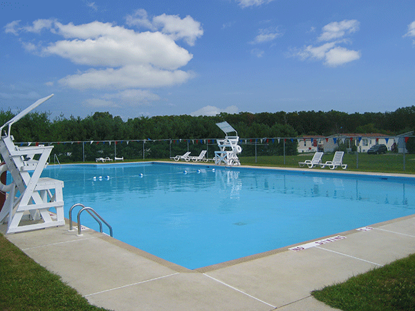 pool at UMH land lease communities